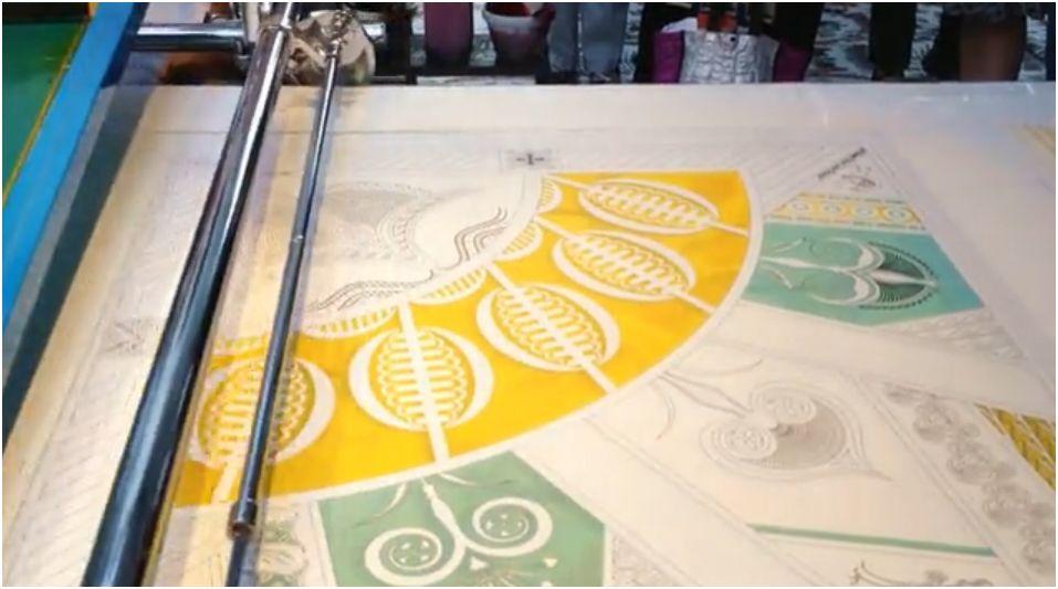 Imprimer sur soie et obtenir un résultat doux au toucher dans des teintes brillantes