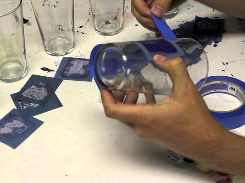 Comment faire de la sérigraphie sur des objets ronds, coniques et cylindriques?